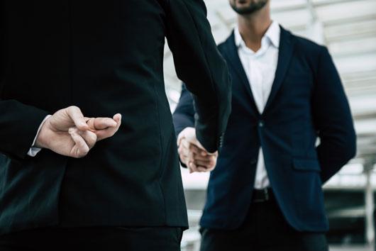 Як відрізнити чесну МФО від шахраїв?