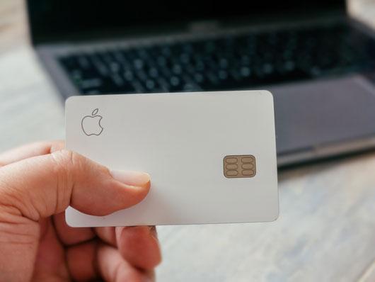 Apple Card в Україні. Бути чи не бути?